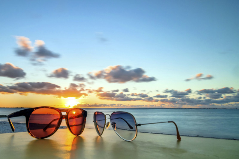 NATIONAL SUNGLASS DAY! – Dr. Annie